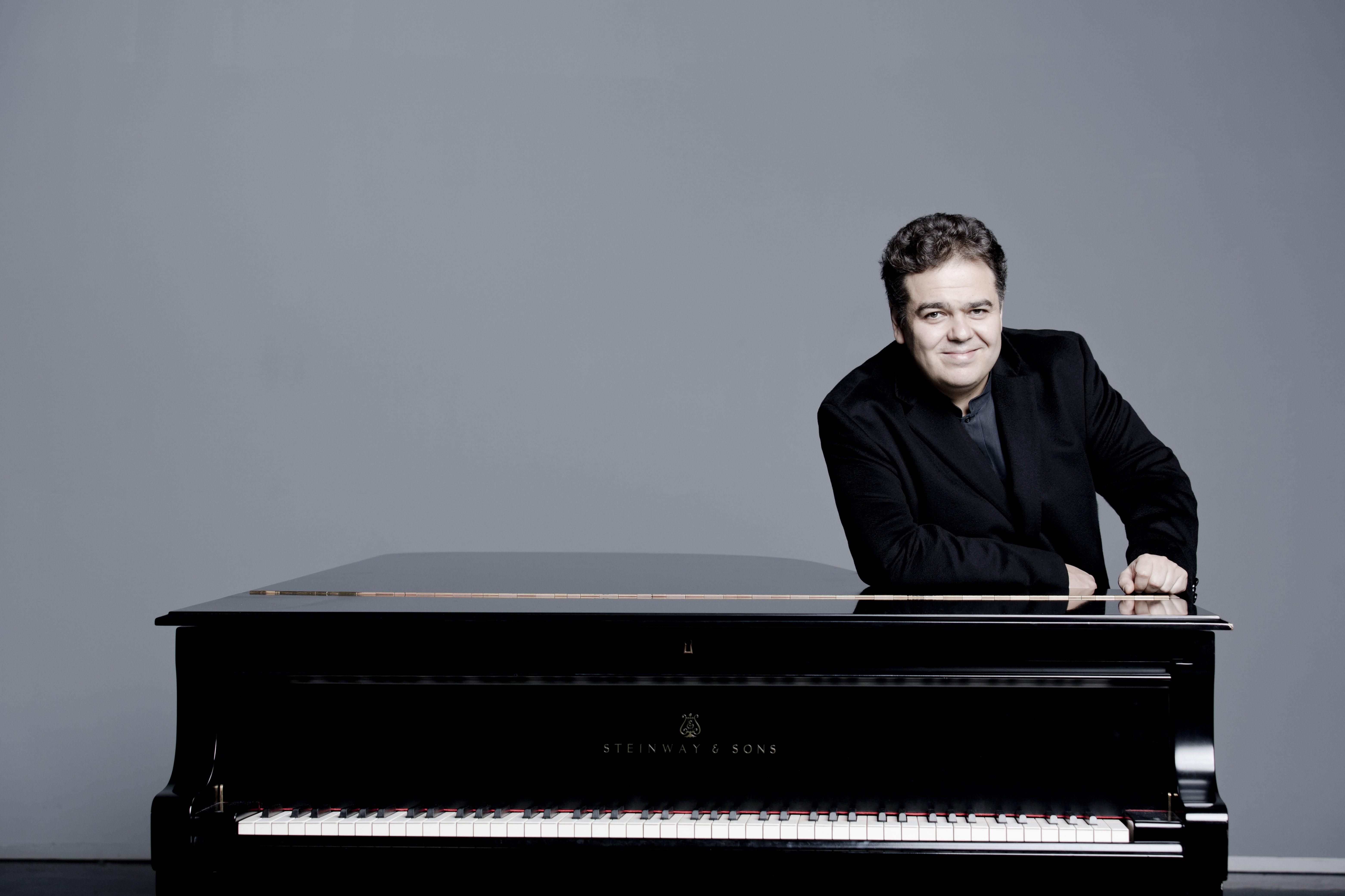 ARCADI VOLODOS. CONCIERTO DE PIANO