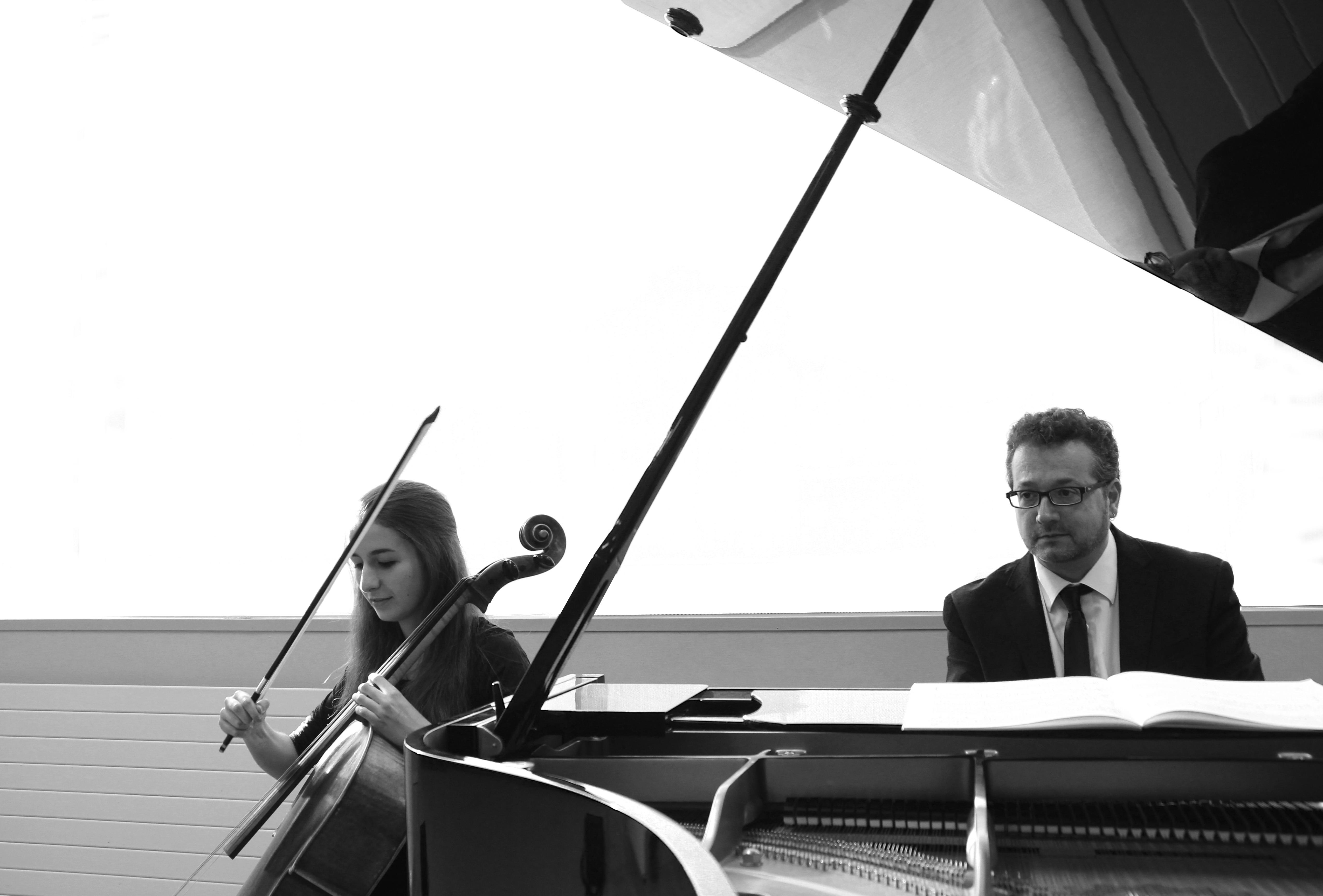 Música francesa per a violoncel i piano. Laia Terré ( violoncel) i Ramon Andreu ( piano)
